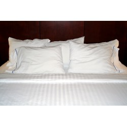 Quadrant white model percale listing 100% cotton