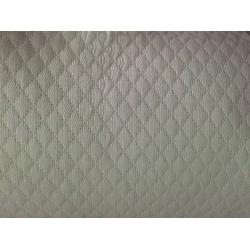 Colcha de noche acolchada 50% algodón, 50% poliéster